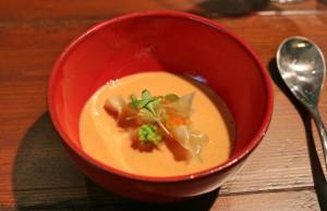Act IV - el mar Love Soup (sopa de gambas, coco, lima y cilantro)